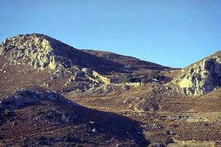 Fortifications près de l'entrée principale du fort de Temenos