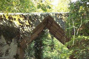 Il ponte di epoca ellenistica ad Elèftherna